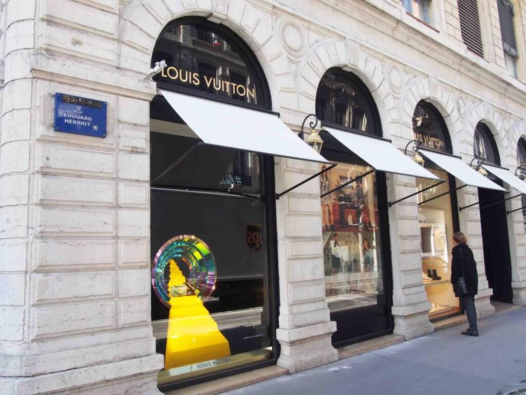 リヨンで高級ブランドショッピング・ルイヴィトン Louis Vuitton