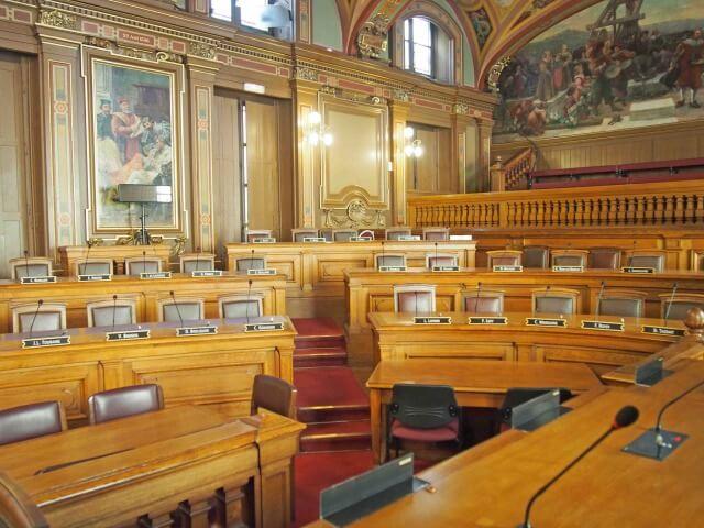 リヨン市庁舎の議会