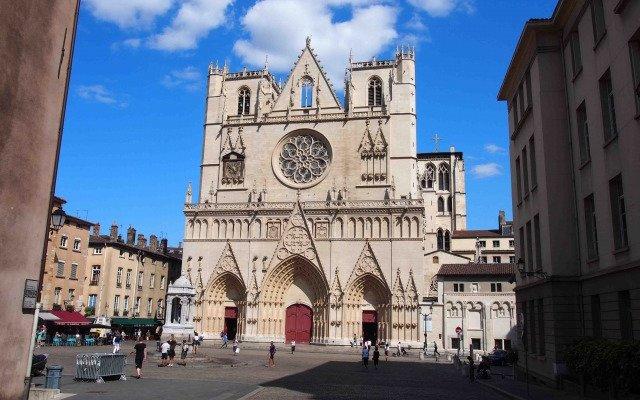 リヨンのサンジャン大聖堂
