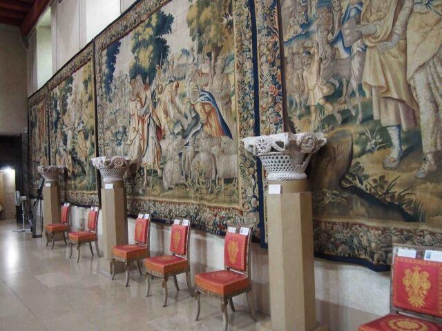 リヨンのサンジャン大聖堂内の聖歌隊員養成所