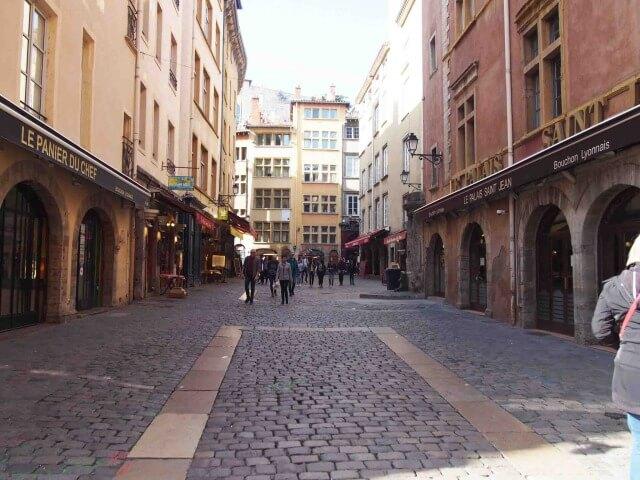 世界遺産リヨン旧市街の観光案内[Rue St-jean] | リヨンの観光と食の ...
