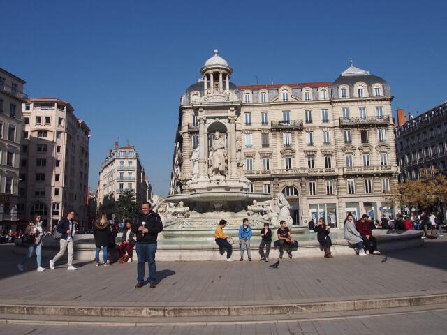 リヨンのジャコバン広場
