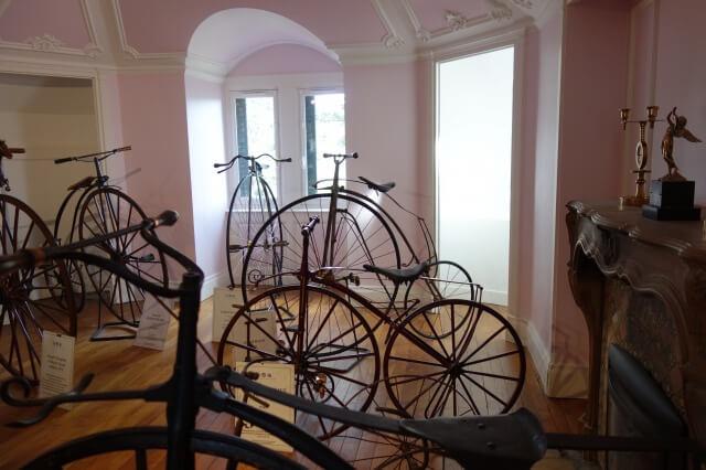 リヨンの自動車美術館[Musée de l'Automobile Henri Malartre]